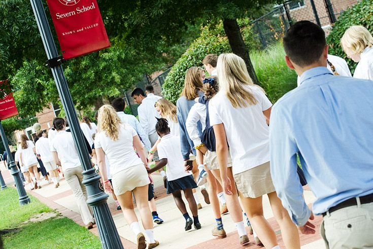 Severn School students walking on Teel Campus