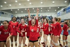 Orange Lutheran applies pressure, beats Santiago for Division 2 volleyball title