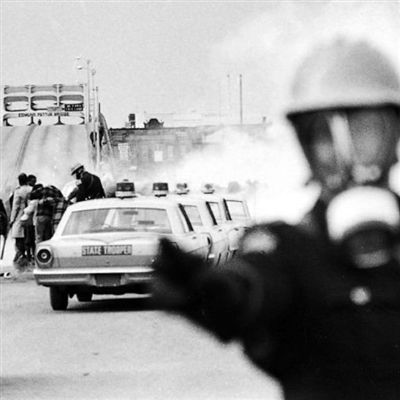 Alabama state troopers attack marchers in Selma during