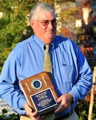 2010 Inductee: BRUCE WACHTER -  Head Coach, Athletic Director and School Administrator