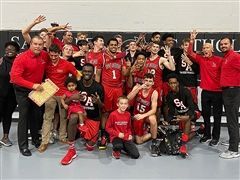 Boys Basketball Defeats Santa Fe Catholic 83-62 to Claim Regional Title