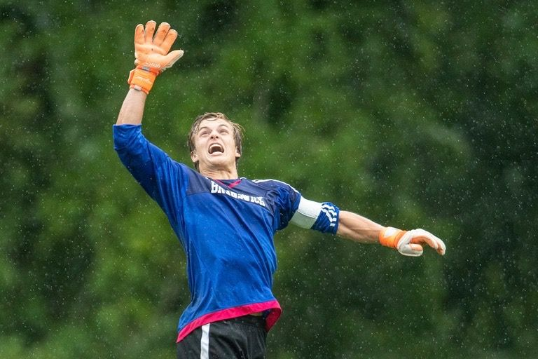 High Five: Soccer Wins Fifth Straight