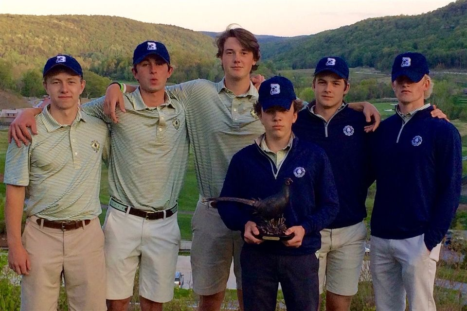 (L to R) Ben Carpenter, Chase Caffray, Charlie Marvin, Owen Hayes (holding trophy), Connor Belcastro and Bladen Smith