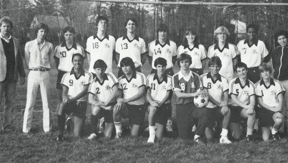1982 Co-Ed soccer team photo - St. Andrew's Episcopal School
