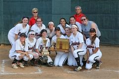 Hun School Varsity Softball finished the season with both the MAPL Championship and Prep A State Championship.