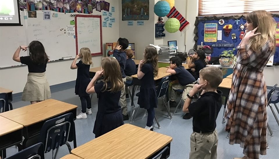Lower School Students Learn Spanish Words Through Song and