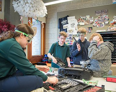 Middle School Mini Courses Cultivate Big Passions