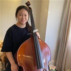 虚拟的大师班帮助康妮(Connie)明年前往波士顿的伯克利音乐学院(Berklee College of Music)进行演奏