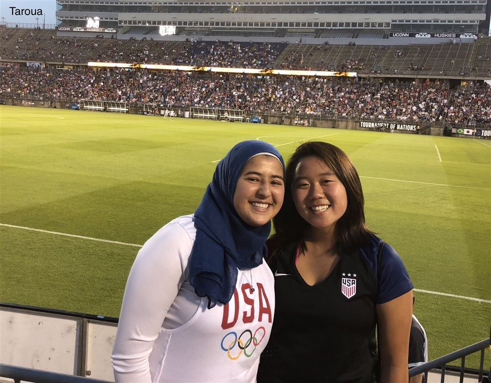 Rayane Taroua '20 and Zoe Kim '20 enjoying a soccer game looking as healthy as ever!