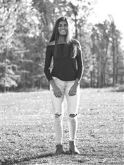 Saloni Jain '19 stuns in jeans from American Eagle and an off the shoulder top from LF.