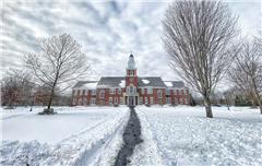 Thompson Hall in the snow during the 2020 Winter Break.