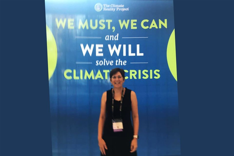 During the summer, Mrs. Forest attended a Climate Reality Project training in Minneapolis where she learned from former US Vice President Al Gore and others how to be a Climate Reality Leader.