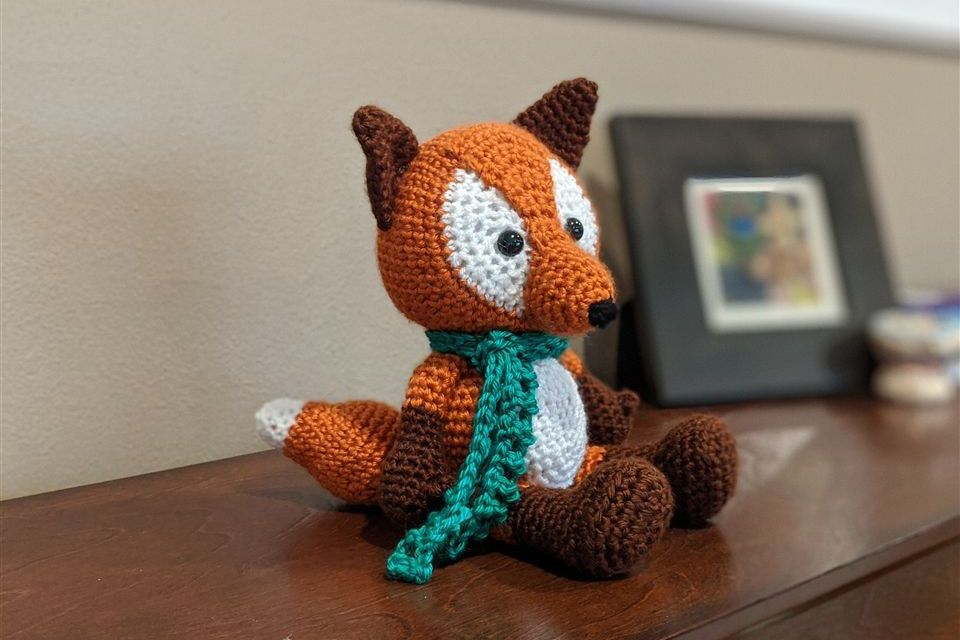 Fox crochet pattern dedicated to the Grier Class of 2020!