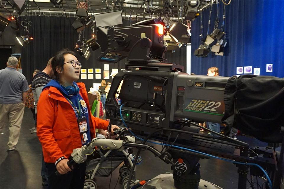 Grier volunteers like Iris helped operate the green screen that gave fans of PBS kids shows the opportunities to star alongside their favorite characters.