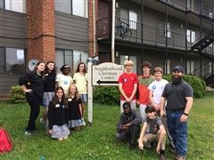 Hutchison girls and MUS boys visited the Neighborhood Christian Center.