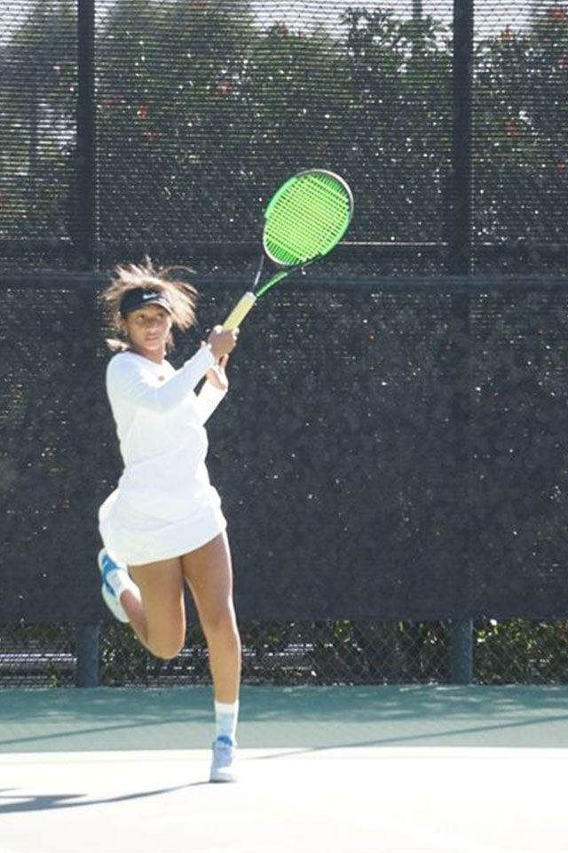 Girls Tennis beat Oaks Christian 15-3 on Tuesday
