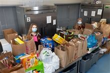 Loyola Academy Collects 504 Bags of Food for Catholic Charities