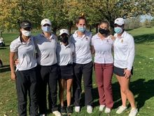 Girls' Golf Takes 2nd at IHSA Sectionals