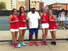 The teams of Maria Klevorn/Samantha O'Leary and Emily Hoffman/Jessica Cook with coach Carl Walker