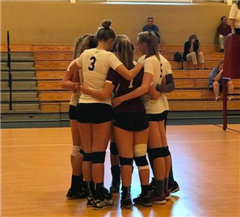 St. Luke's Varsity Volleyball had an excellent 3-0 win against The Harvey School