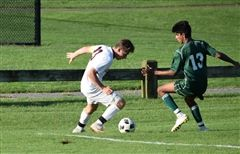 St. Luke's forward Phil Platek '20 scored the only goal of the game in a 1-0 win over Greens Farms Academy